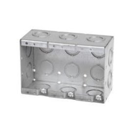 VISTA MBS-3K - 2 1/2'' DEEP 3 GANG MASONRY BOX  W/CONCENTRIC KNOCKOUTS