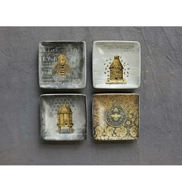 """Creative Co-Op Bees Stoneware Plate / 4"""" 4 Styles"""