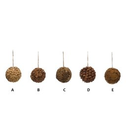 """Creative Co-Op Round Dried Natural Greenery Ball Ornament 3"""""""