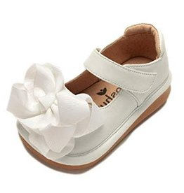 Mooshu Trainers Mary Jane in White