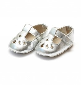 L'AMOUR Carina Leather Teardrop Crib Mary Jane in Silver