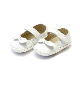 L'AMOUR Clara Leather Stitched Crib Bow Mary Jane