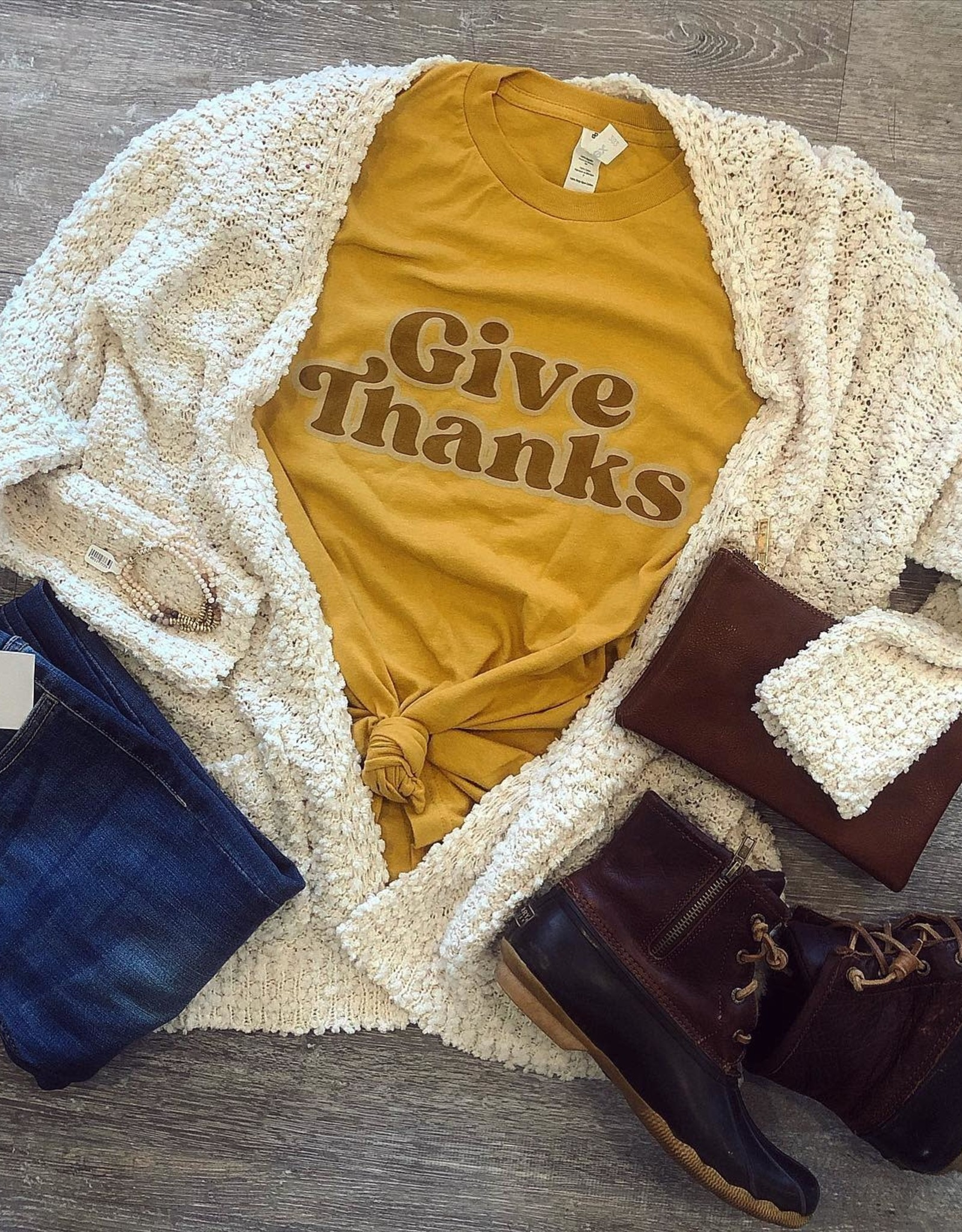 Give Thanks Tee