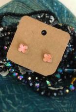 Clover Earring in Pink