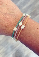 Freshwater Pearl & Bead Bracelet in Peach