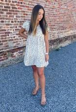 Hayden Lucy Dress in Beige Floral