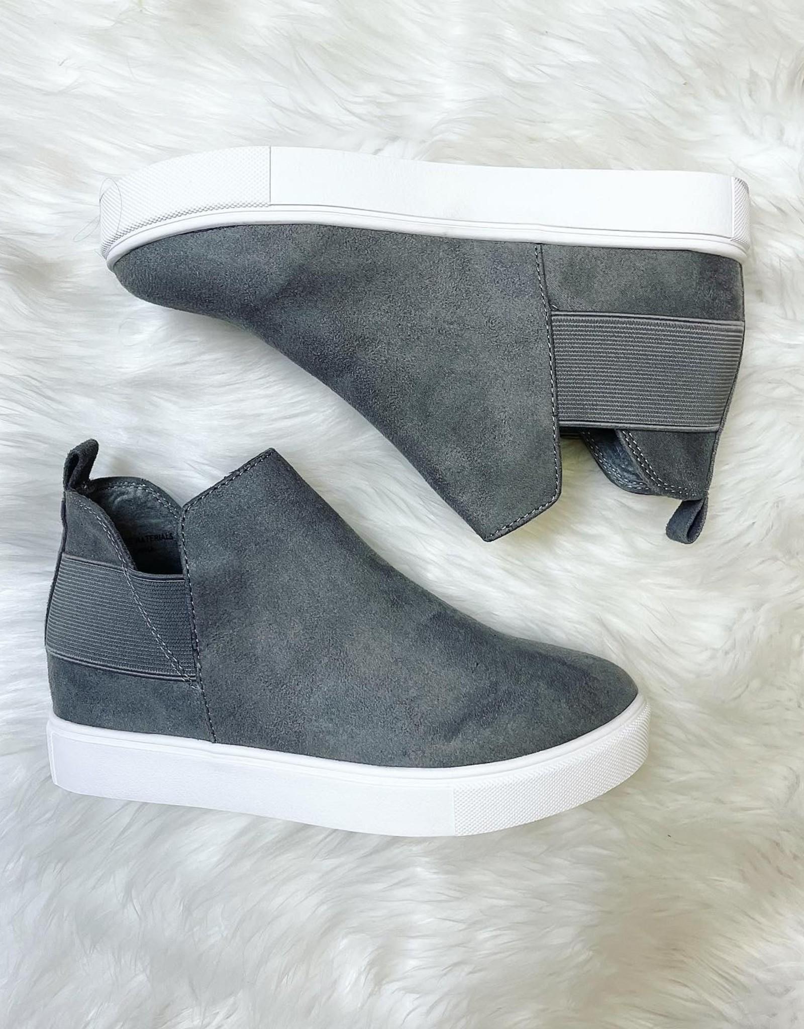 Diana Sneaker in Grey