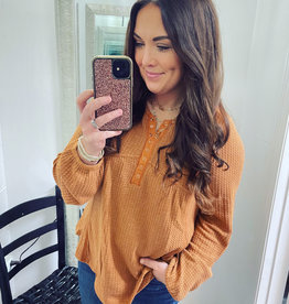 Mittoshop Fallon Waffle Henley Top in Rust