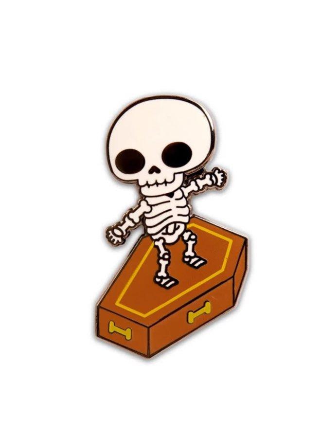 Skull Surfer Pin