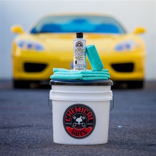 Chemical Guys Canada WAC210 - Extreme Top Coat Carnauba Wax And Sealant In One (1 Gal)