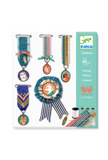 Djeco SEWING / EMBROIDERED BROCHES