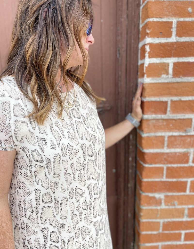 Wandering Wagon Light taupe short sleeve snake print dress  SS3092