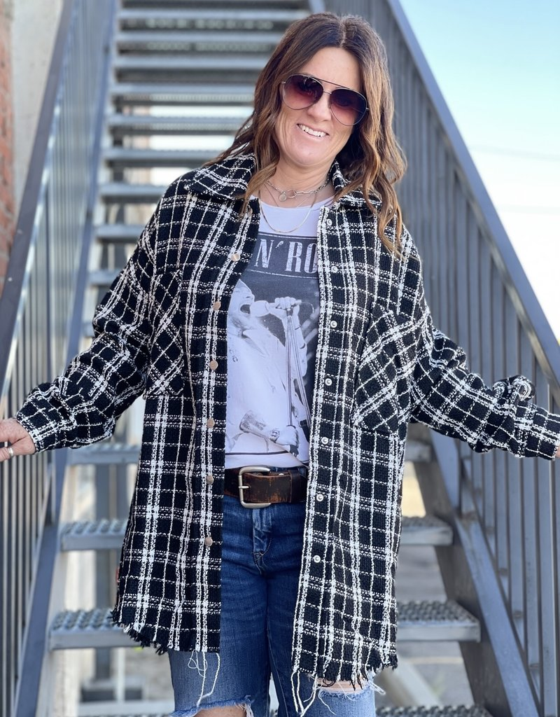 Wandering Wagon Black and white plaid shacket with snap button detail  AJ1473