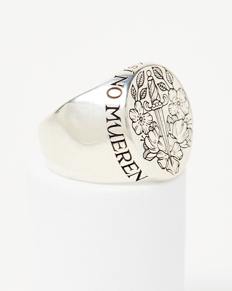 Digby & Iona Kahlo Signet Ring