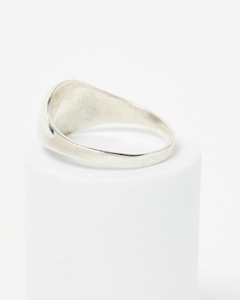 Digby & Iona Lilu Signet Ring
