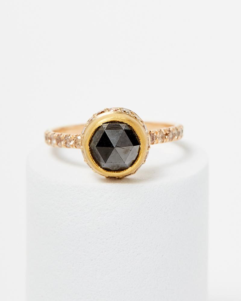 Elizabeth Street Jewelry Black Diamond Crown Ring