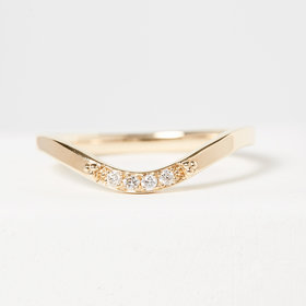 Nine Roses Curved Pavé Diamond Band