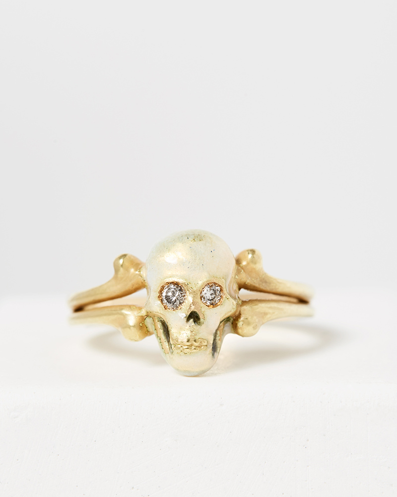 Nvit Blanche Enameled Skull Head Ring