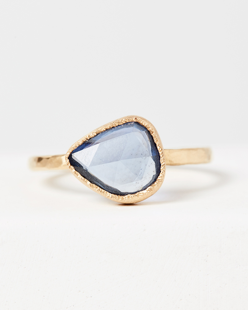 Yasuko Azuma Blue Sapphire Ring