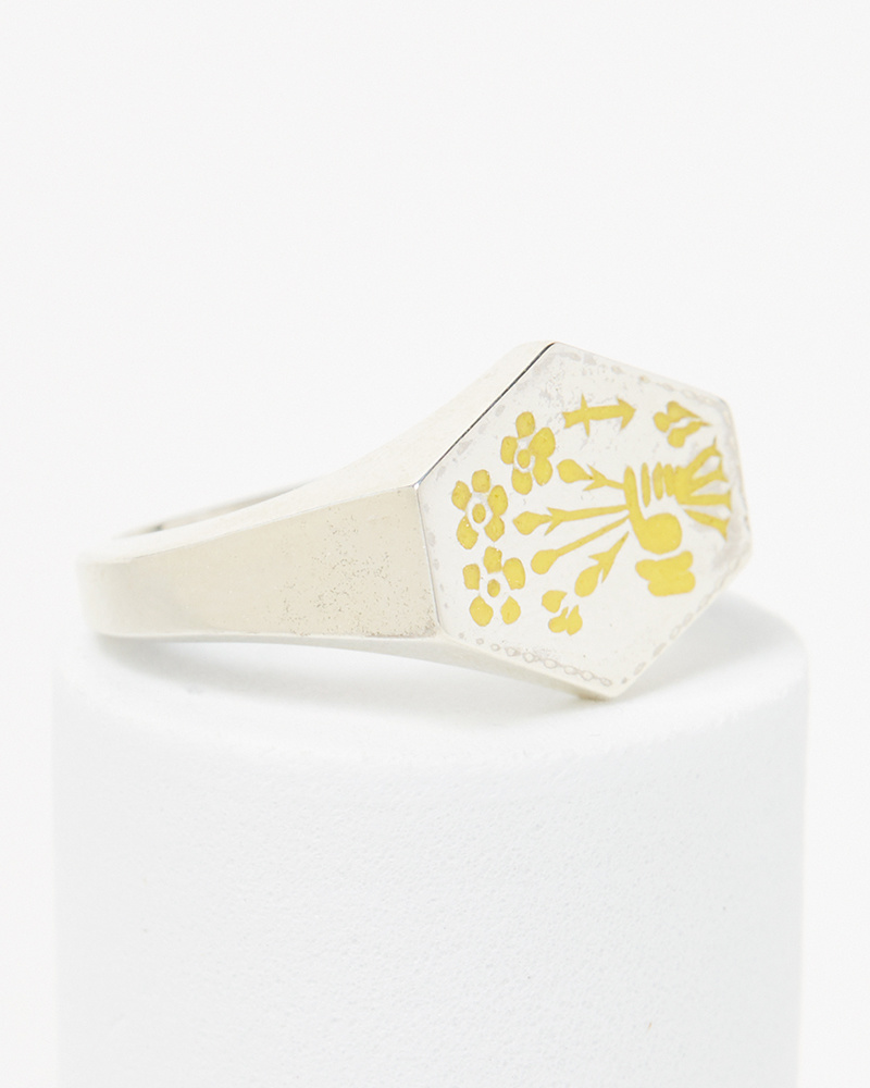 Nvit Blanche Posey Signet Ring