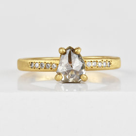 Yasuko Azuma Prong-Set Pear Dark Grey Diamond Ring