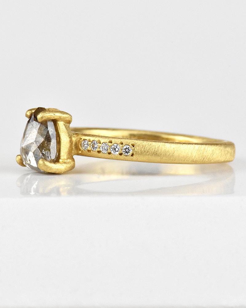 Yasuko Azuma Prong-Set Pear Dark Grey Diamond Ring