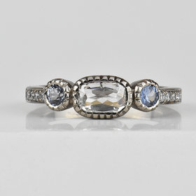 Nine Roses East-West Oval Ring