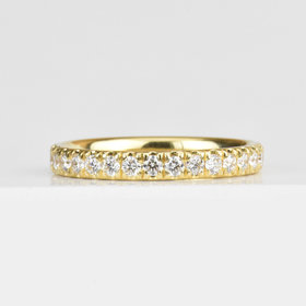 Nine Roses Classic Eternity Band — White Diamond