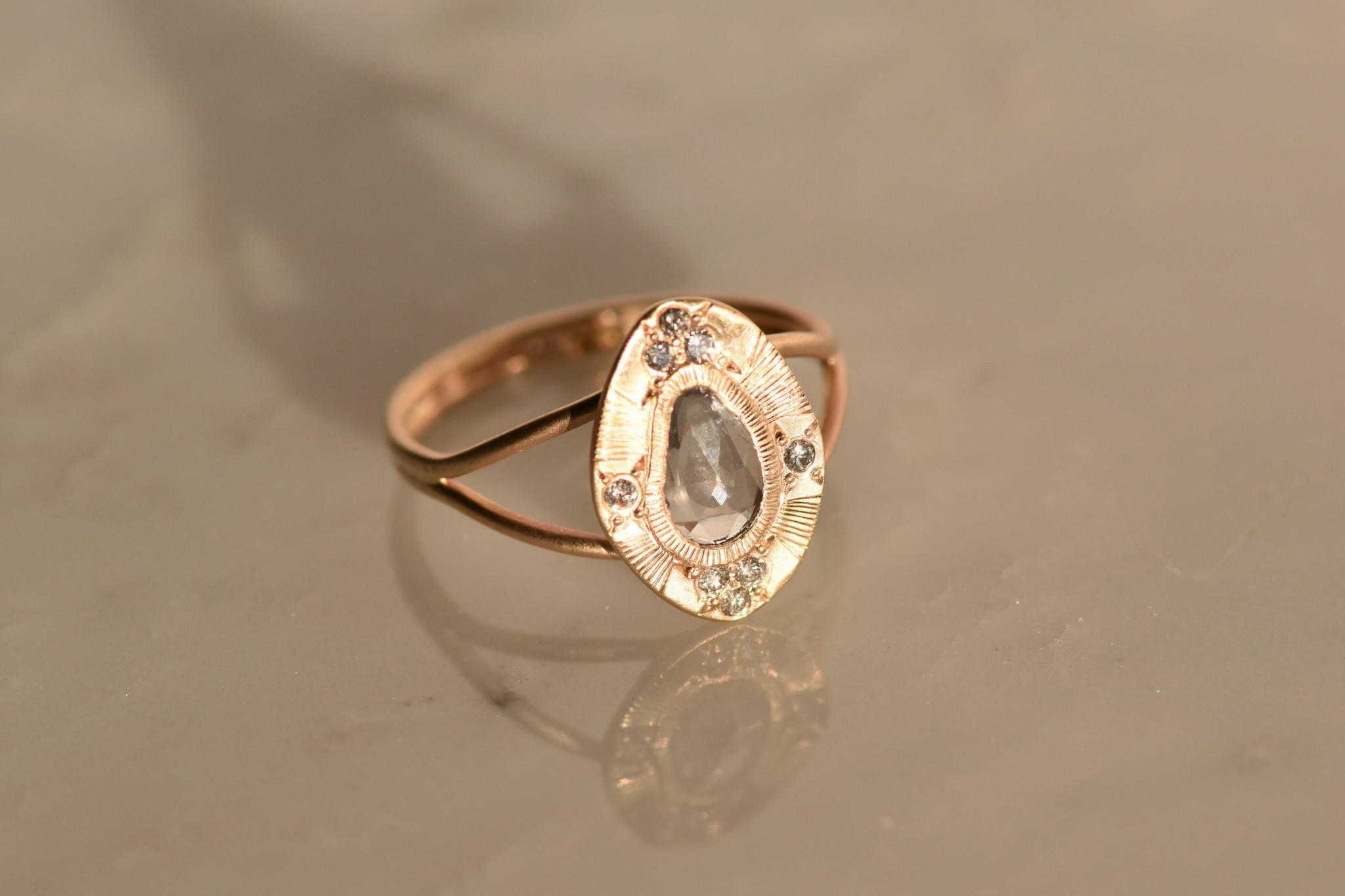 Lorak Orion Sapphire Ring