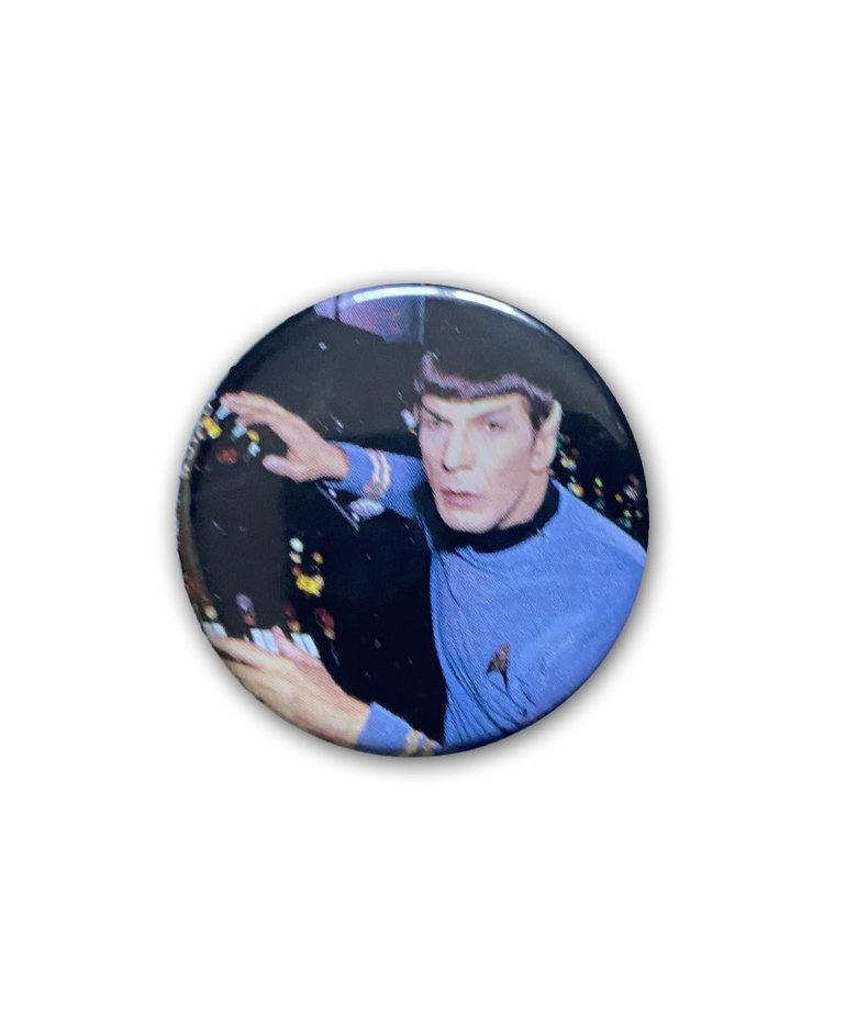 Star Trek ( Button ) Spock at Controls