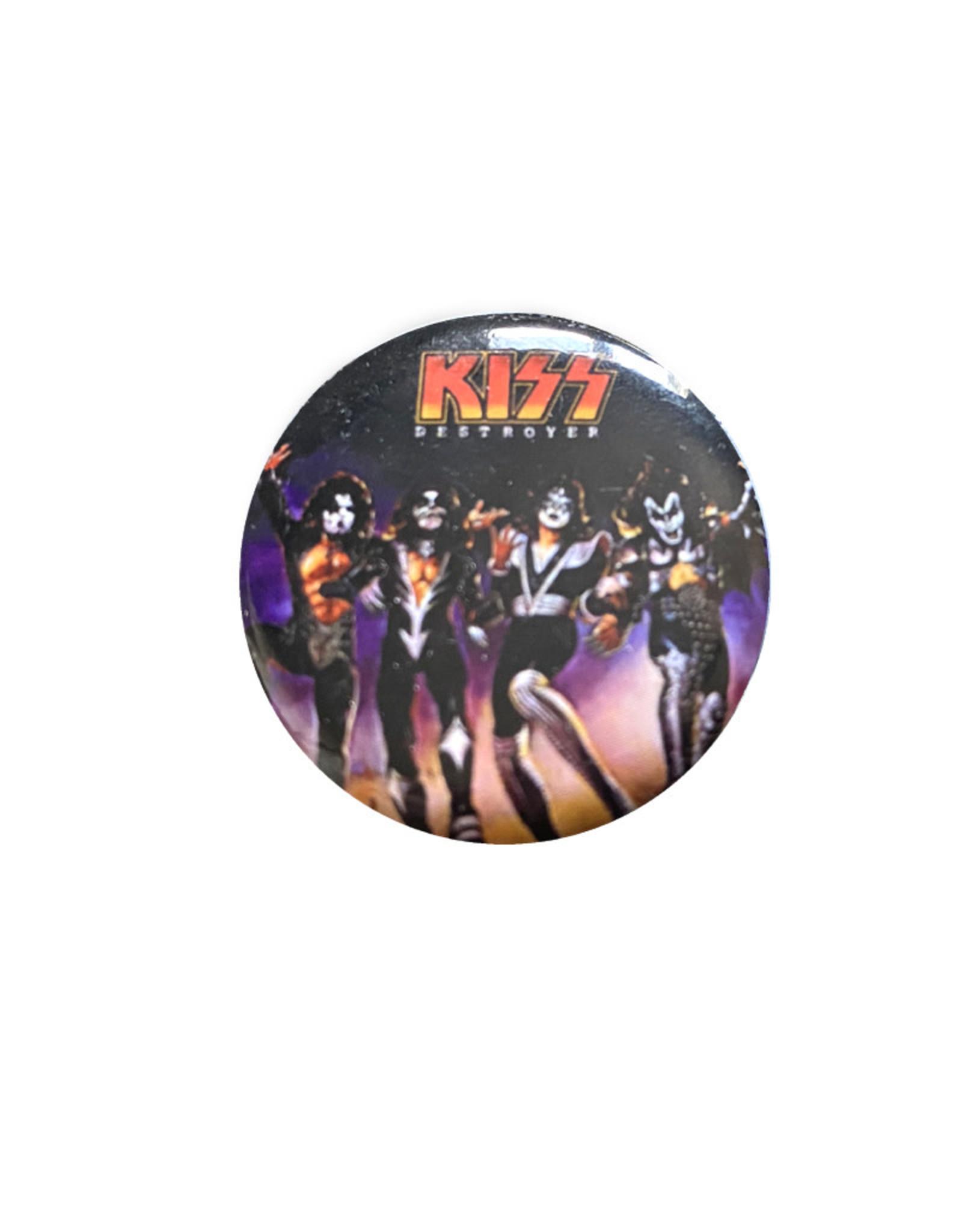 Kiss ( Button ) Group