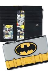 DC Comics ( Loungefly Wallet  ) Batman suit