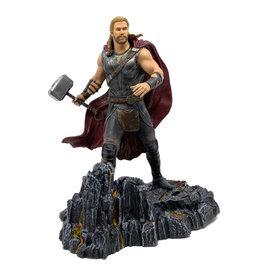 Marvel Marvel ( Figurine Diamond Select Toys ) Thor Ragnarok