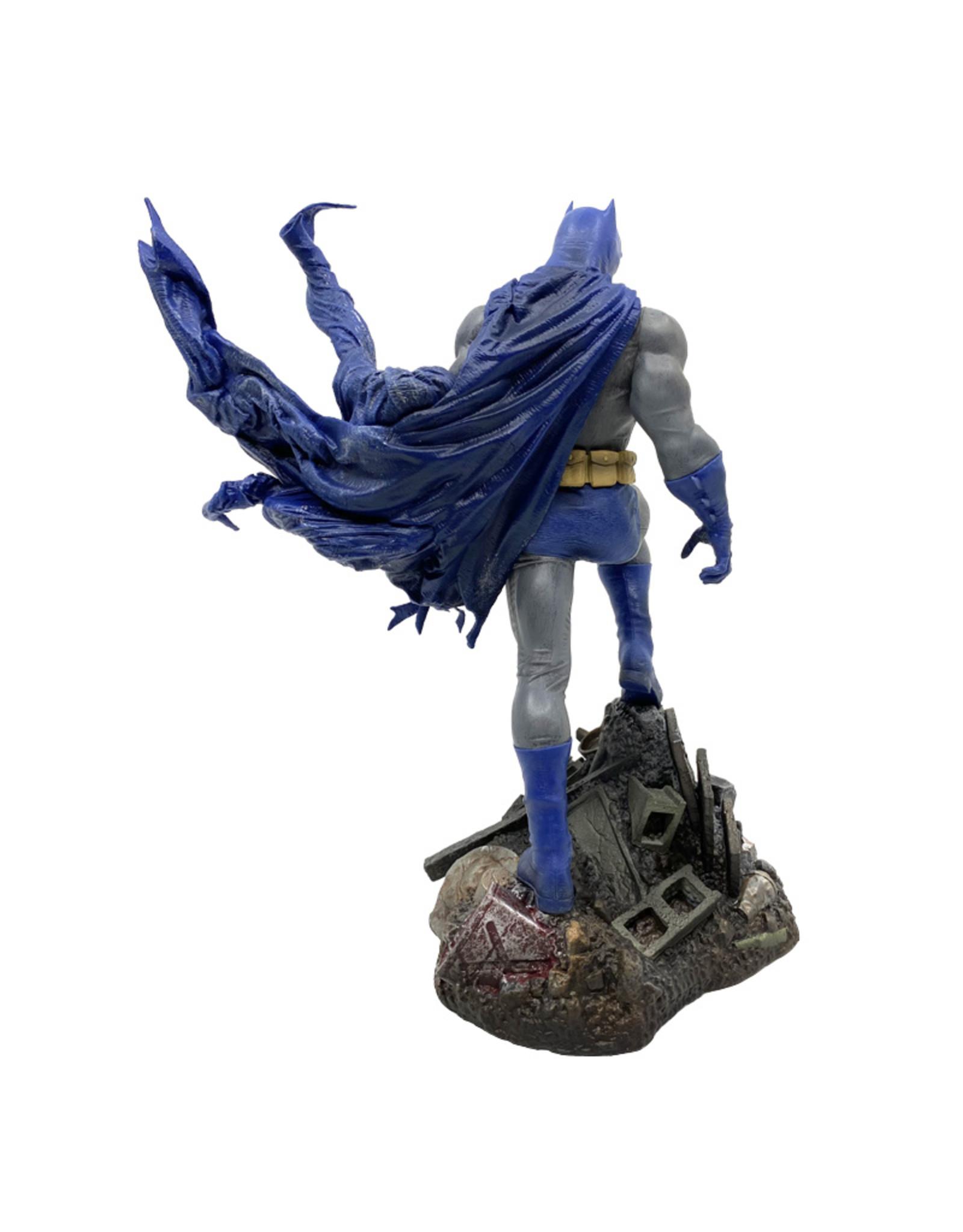 Dc Comics ( Diamond Select Toys Figurine ) Batman