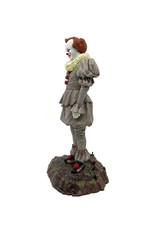 It ( Diamond Select Toys Figurine ) Pennywise