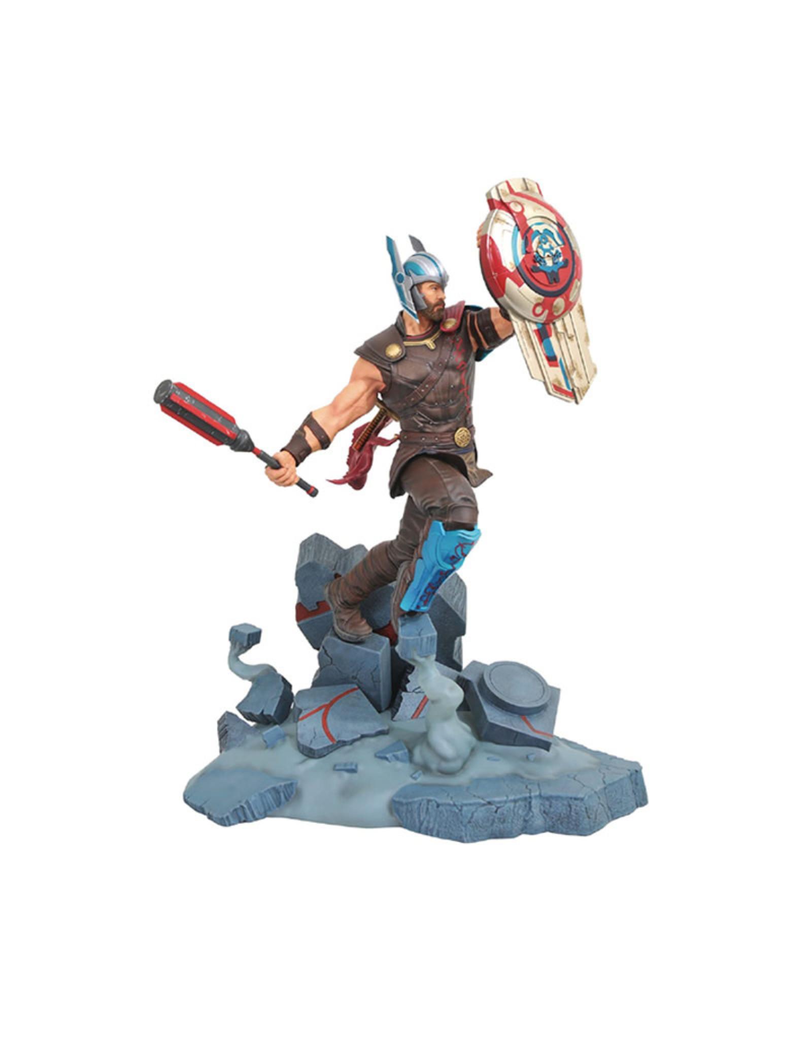 Marvel ( Diamond Select Toys Figurine ) Thor Ragnarok