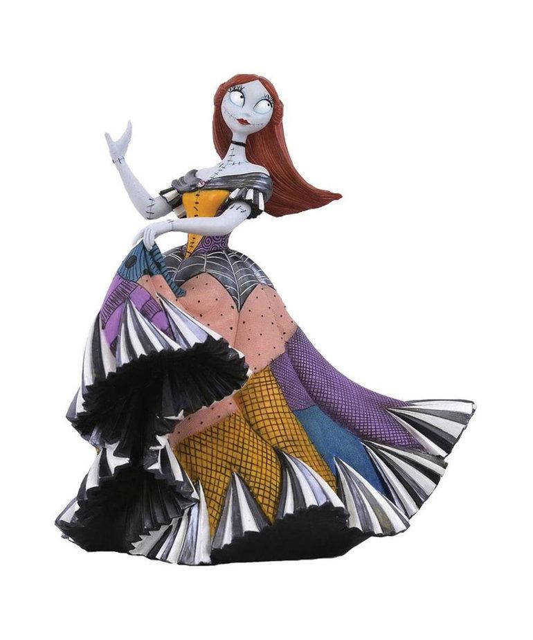 Disney The Nightmare Before Christmas ( Disney Showcase Figurine ) Sally