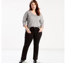 Levi's Women's Plus Size Classic Straight 23648-0010