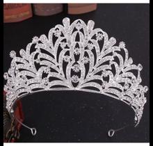 Tiara Crown #9028