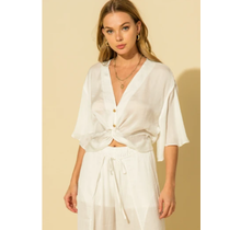 HYFVE Kimono Sleeve Front Twist Blouse HF21F273