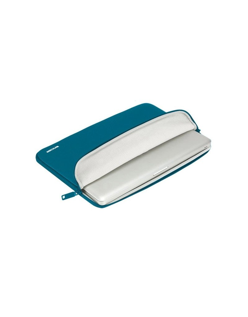 "Incase Incase Classic Sleeve for Macbook Pro 15"" - Deep Marine"