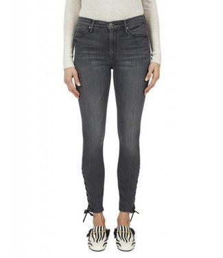 Black Orchid Laura Lace Down Skinny