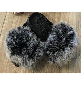 Maniere Maniere Black Sole Slippers w/ Black Snow Fur
