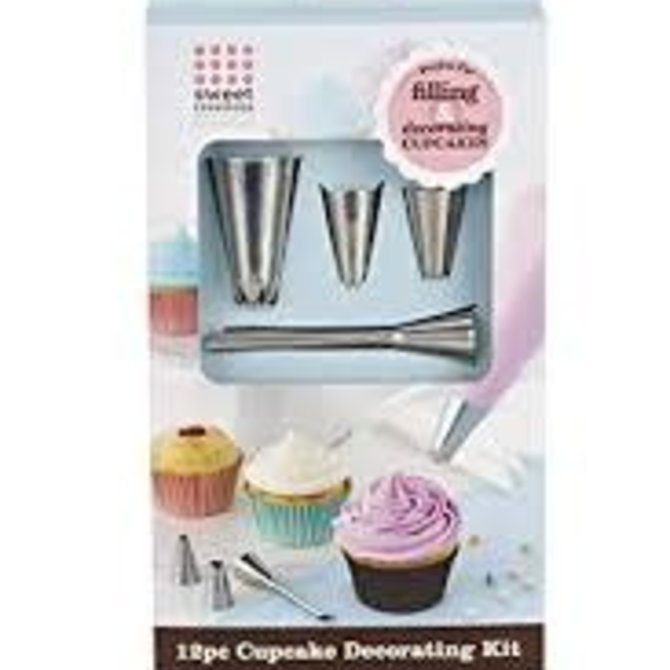 12 Piece Cupcake Decorating Kit