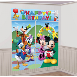 Mickey and Friends Scene Setter®
