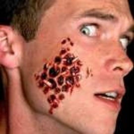Small Trypophobia With Maggots – 3D FX Transfers