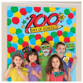 100th Day Scene Setters® With Props