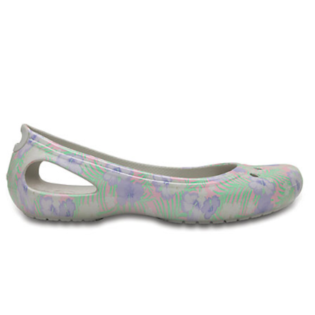 5a69c04ef12 Crocs Womens Kadee Graphic Flat - Kiddie Kobbler St Laurent