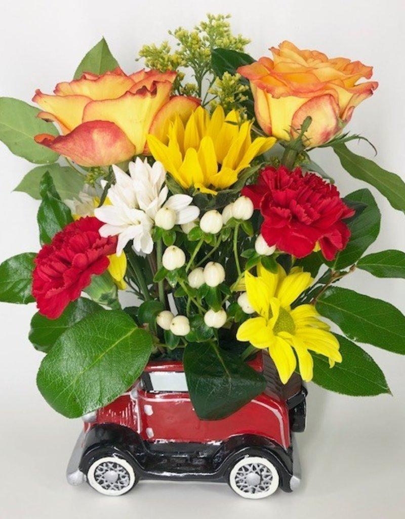 CERAMIC ANTIQUE CAR FLOWER ARRANGEMENT