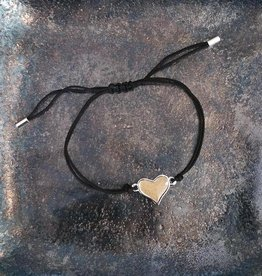 Dune Jewelry Black Cord Bracelet - Heart - St. Augustine